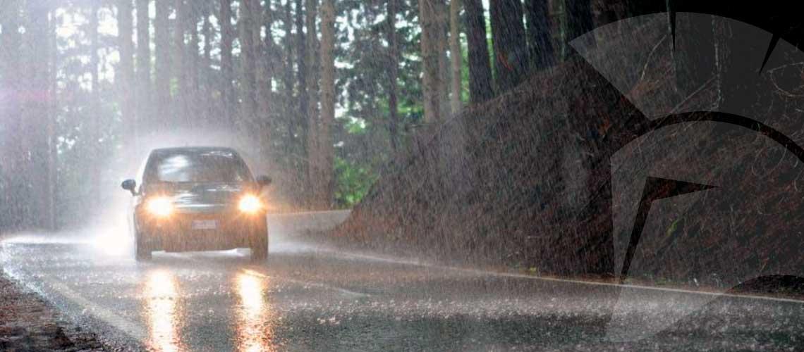 Cómo conducir con condiciones adversas | Segurea, tu seguro a medida